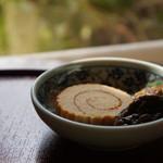 ごはんや楓屋 - かにとおからの伊達巻と牡蠣の佃煮(2017.1.12)