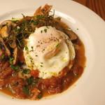 オステリア バルバロッサ - 静岡県産鶏モモ肉と静岡マッシュルームのマレンゴ風
