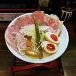 麺69 チキンヒーロー - 「鶏極濃(味玉 & チャーシュープラス)大盛り」1,050円税込