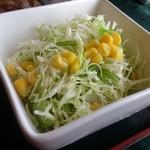 61161642 - ・サラダ、野菜が美味いぜ