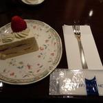 61162777 - ケーキセットのイチゴのショートケーキ