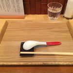 Japanese Soba Noodles 蔦 - お盆とレンゲ、箸