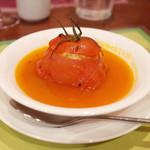 ガネーシュ - 季節ディナーコース(4538円・外税)のトマトファルシースープ仕立て