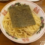 麺極 はなみち - 辛濃味噌つけ麺(麺アップ)