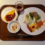 ブュッフェレストラン アクアリス - 料理写真:朝食種類が豊富。