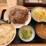 松屋 - 2017年01月13日  牛焼肉定食ライス特 890円