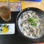 ひめゆりそば - 料理写真:中味そば600円(2016.11.24)