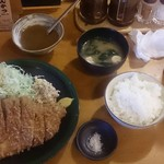 61193048 - 極上ロースカツ定食(ご飯&キャベツお代わり自由)