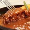 ジャックB - 料理写真:和牛の肉汁がたっぷりとあふれ出す!