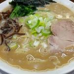 うまいヨゆうちゃんラーメン - ラーメン 700円