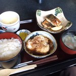 さかな工房 - 料理写真:鯖の塩焼き・揚げ出しもち豆腐