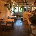 バレアリック飲食店 -