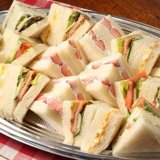 パーティーに最適サンドイッチ盛り合わせ