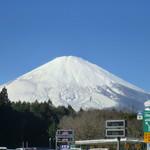 61203222 - この日も美しい富士山(*´ω`*)