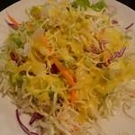 アジアンダイニング ルンビニ - セットのサラダ。
