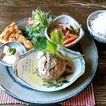 ティースペース 茶楽 - 料理写真:平日限定 週替わりお昼ごはん(1,080円)