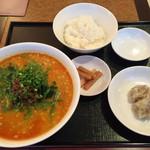61211644 - 四川担々麺セット