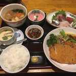 鮮味食彩 宇佐川水産 - 豚カツ定食
