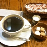 ハート コーヒー - ブレンドコーヒー ホット ¥400