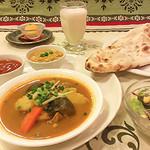 ニューマハラジャ - チキンと野菜のスープカレーセット