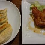 香港厨房 - ▲油淋鶏と▲焼き餃子
