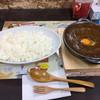 CURRY HOUSE bee - 料理写真:牛すじ煮込みカレー。ライス550g、 ルー特盛 卵トッピング