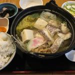 61229152 - 鯛鍋定食:780円