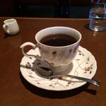 越 - ストレートコーヒーのブルーマウンテン。 税込680円。 美味し。