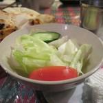 カンティプール - サラダも付いてました。