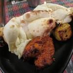 カンティプール - 料理写真:タンドリーチキン、フィッシュティカとナン(ハーフ)