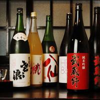 武蔵野うどん じんこ - めずらしい地酒が常時15種類以上