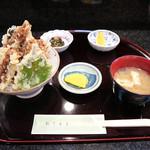 61236137 - 日替わりランチの穴子天丼