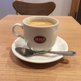 ベックスコーヒーショップ 北浦和店 - 深煎りコーヒーのMサイズ。 税込280円。 うまし。