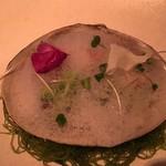 61241086 - 黄身酢であえた北寄貝とブロッコリー マスタード風味