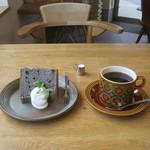 Cafe 610 - シフォンケーキセット