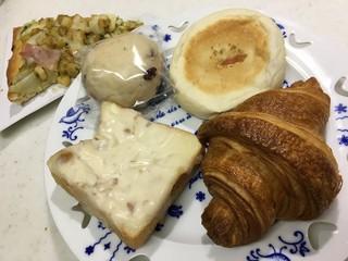 石窯パン工房 パンテラス 郡山店 - 素材に拘り、石窯で焼くパン
