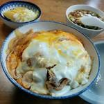 太陽食堂 - 料理写真:カツ丼550円