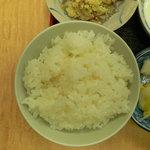 家族厨房 ひっきり - 今の時期はお米はどれも美味しいですねと話されていました。