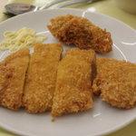 サミー食堂 - とんかつ180円カキフライ80円