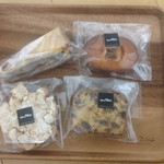 messo - クルミとナッツクッキー、フィナンシェ、クロッカン、フルーツパウンド
