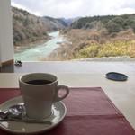 立木音楽堂 - 食後のコーヒー