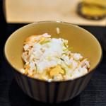 すず木 - 食事 鮭ハラスご飯
