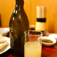 焼肉・ホルモン料理 とらじ亭 - ビール×当店オリジナルマッコリ(上澄み)