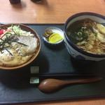 若美屋 - 料理写真:そばとミニ目玉丼セット
