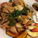 炭火焼き鳥 キッチン ひよこ イースト - 料理写真:大山鶏もも香草焼き