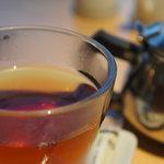 ユウアン - 食後には紅茶はいかが?