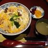 繁乃井 - 料理写真:2017.01 モツ入り親子丼(1150円)