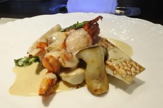 ラ ターブル ダキ - 鰆、海老類をフォアグラのソースで