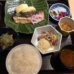 ふくいや - 北海道鮭の吟醸酒粕味噌漬け炙り定食 税込980円