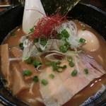 麺屋 吉佐 - 味玉らーめん(醤油・820円)